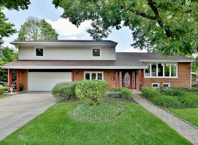Morton Grove Single Family Home For Sale: 5847 Washington Street