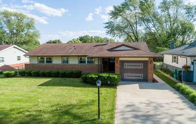 Elk Grove Village Single Family Home For Sale: 529 Germaine Lane