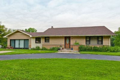 Downers Grove Single Family Home For Sale: 1110 Woodcrest Drive