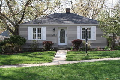 Downers Grove Single Family Home Price Change: 905 Lincoln Street