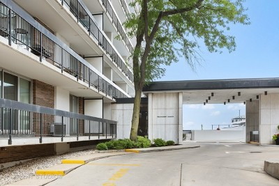 Condo/Townhouse For Sale: 5901 North Sheridan Road #12H