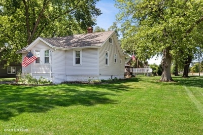 Wood Dale Single Family Home For Sale: 524 North Edgewood Avenue
