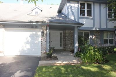 Vernon Hills Condo/Townhouse For Sale: 266 Southwick Court #266