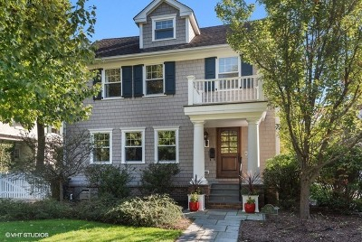 Winnetka Single Family Home For Sale: 452 Sunset Road