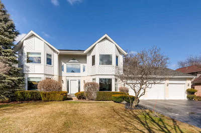 Buffalo Grove Single Family Home For Sale: 212 Thompson Boulevard