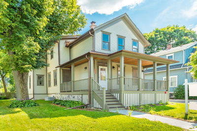 Barrington Single Family Home For Sale: 135 West Station Street