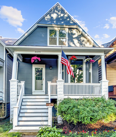 Mayfair Single Family Home For Sale: 4435 North Tripp Avenue