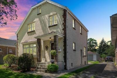 Brookfield Single Family Home For Sale: 3644 Raymond Avenue