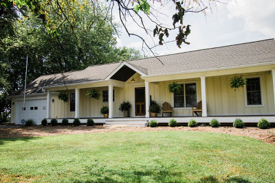 Batavia Single Family Home Re-Activated: 2s804 Bliss Road