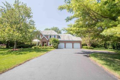 Mundelein Single Family Home For Sale: 25975 North Arrowhead Drive