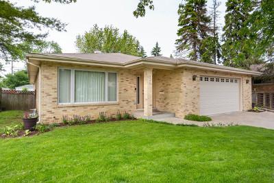 Brookfield Single Family Home For Sale: 8906 Monroe Avenue