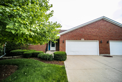 Huntley Condo/Townhouse For Sale: 10854 Timer Drive West #3