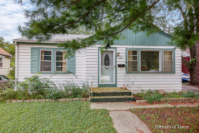 Downers Grove Single Family Home For Sale: 4733 Belmont Road