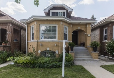 Belmont Cragin Single Family Home For Sale: 2920 North Long Avenue