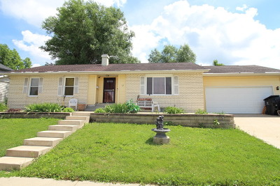 Bloomington Single Family Home For Sale: 12 Haney Court