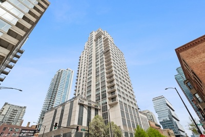 Condo/Townhouse For Sale: 200 West Grand Avenue #2502