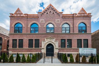 Condo/Townhouse For Sale: 915 North Hoyne Avenue #3