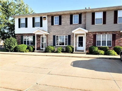 Bloomington Condo/Townhouse For Sale: 5 Andy Court #A2