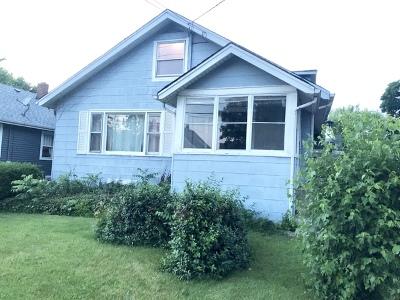 Elgin Single Family Home For Sale: 700 Congdon Avenue