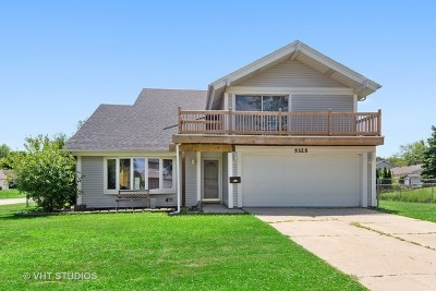 Hanover Park Single Family Home For Sale: 5325 Arlington Circle