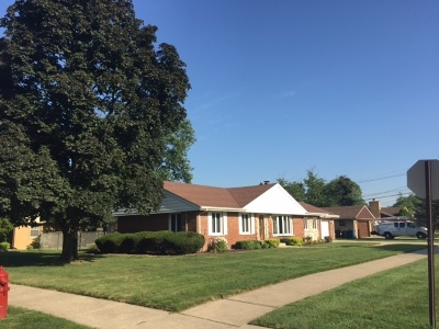 Oak Lawn Single Family Home For Sale: 6300 West 90th Place