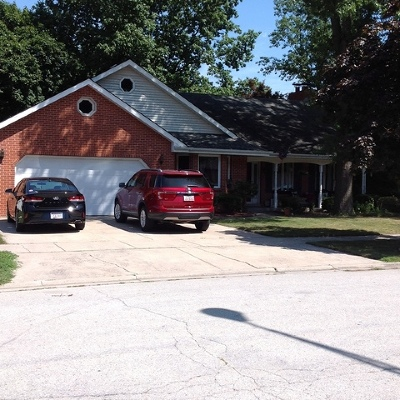 Lansing Single Family Home For Sale: 18073 Jason Lane