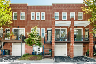 Condo/Townhouse New: 2911 North Wolcott Avenue #G