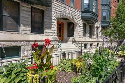 Condo/Townhouse For Sale: 2348 North Cleveland Avenue #1