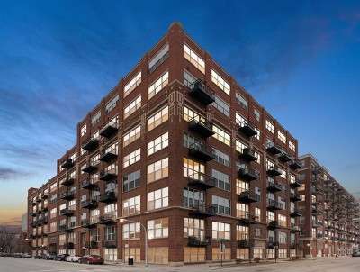 Condo/Townhouse For Sale: 1500 West Monroe Street #423