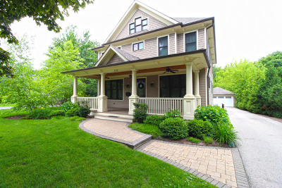 Libertyville Single Family Home For Sale: 326 Lake Street