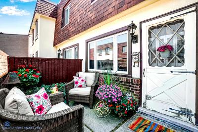 Oak Lawn Condo/Townhouse For Sale: 4035 Trafalgar Lane