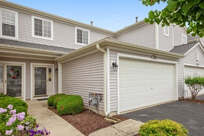 Plainfield Condo/Townhouse For Sale: 3106 Clearwater Drive