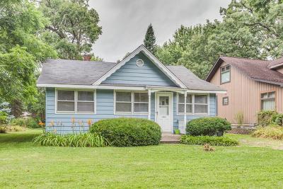 Island Lake Single Family Home For Sale: 27640 Walnut Street