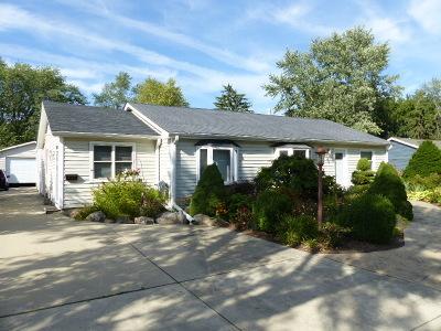 Single Family Home For Sale: 240 Hawthorn Lane