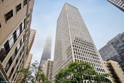 Streeterville, Gold Coast Galleria Condo/Townhouse For Sale: 260 East Chestnut Street #614
