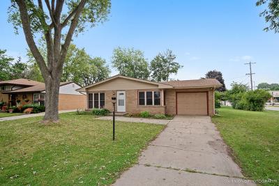 Aurora Single Family Home New: 703 Sheldon Avenue