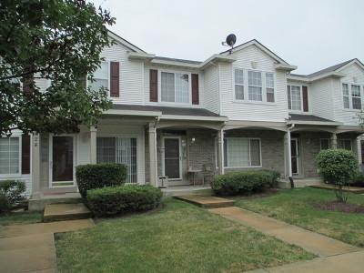Aurora Condo/Townhouse For Sale: 826 County Line Road