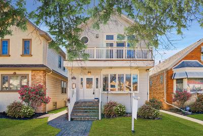 Jefferson Park Single Family Home New: 6040 North Menard Avenue