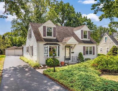 Elmhurst Single Family Home For Sale: 294 East Crescent Avenue