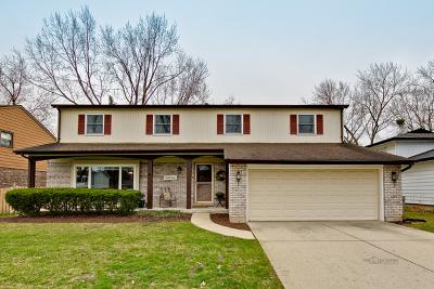 Buffalo Grove Single Family Home For Sale: 127 University Drive