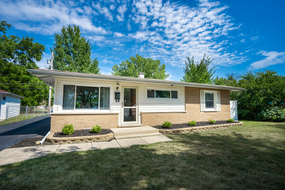 Addison Single Family Home New: 139 East Normandy Drive