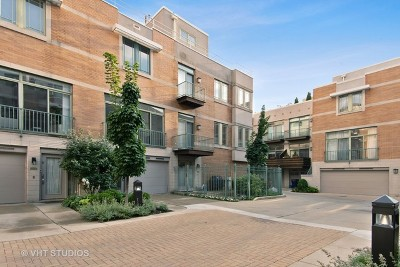 Condo/Townhouse New: 1440 North Wells Street #L