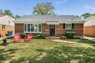 Elmhurst Single Family Home For Sale: 807 South Hawthorne Avenue