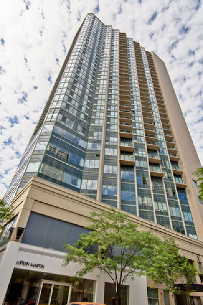 Condo/Townhouse New: 111 West Maple Street West #3105