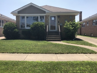 Single Family Home For Sale: 7733 West Windsor Avenue