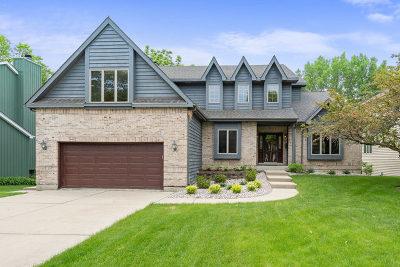 Woodridge Single Family Home For Sale: 2905 71st Street