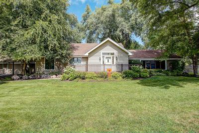 Libertyville Single Family Home For Sale: 540 Fairhill Road