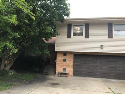 Brookfield Single Family Home New: 3900 Circle Drive