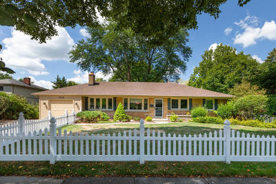 Wheaton Single Family Home For Sale: 910 Greenwood Drive