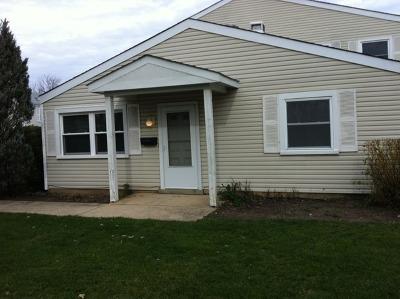 Bartlett IL Condo/Townhouse New: $120,000